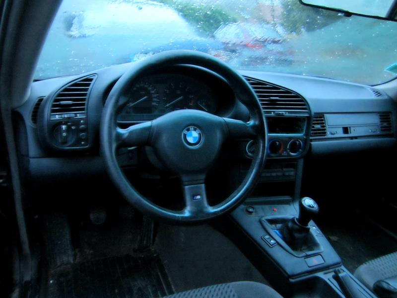 Achat d'un petit E36 coupé 318is Img_1399-3a2caab